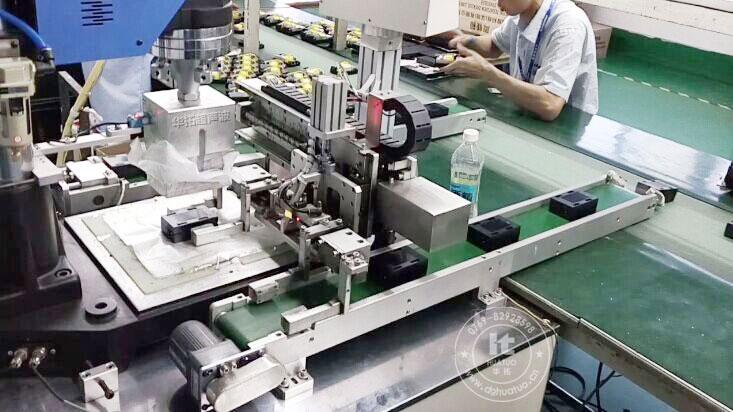 超声波自动焊接机的发展被越来越多的企业关注